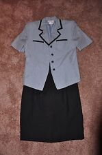 Ladies Suit - Size 10 Le Suit