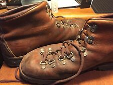 MEN'S DANNER GORTEX HIKING BOOTS  11D USED