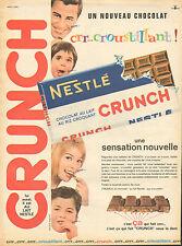 Publicité 1962  NESTLE CRUNCH chocolat au lait au riz croquant