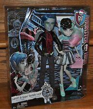 Monster High Love in Scaris Garrott Du Roque Rochelle Goyle 2 Doll Pack 2015 NEW