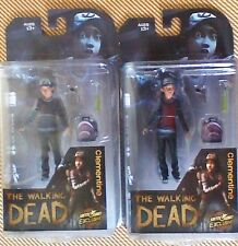 "THE WALKING DEAD CLEMENTINE FIGURE VARIANT SET ""BLOODY & CLEAN"" - NEW !"