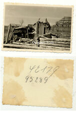 Orig. Foto 1942 Demjansk Djemjansk Демянс Novgorod Pskow Matka Haus Trümmer