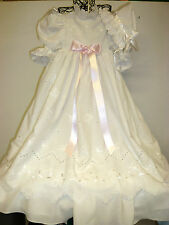 Puppenkleid mit Hut antik Stil ,Taufkleid alter bestickter Batist Spitze 90cm lg