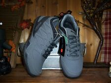AND1 MENS ATHLETIC SHOES SIZE 8  BASKETBALL SHOES CASUAL DRESS SHOES SPORTS
