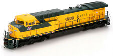 Athearn HO Scale GE AC4400 Diesel Locomotive Chicago & North Western/C&NW #8815