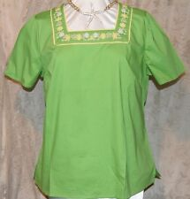 DENIM & CO SHORT SLEEVE WOVEN SHIRT W/EMBROIDERY AND PLEAT DETAIL GREEN LARGE