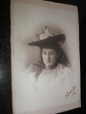 Cdv cabinet old photograph girl under an elaborate hat 1900s Rf 505(1)
