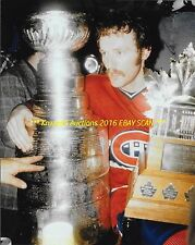 LARRY ROBINSON Celebrates 1978 STANLEY CUP & CONN SMYTHE Trophies 8x10 CANADIENS