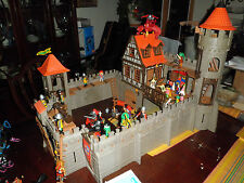 Custom PLAYMOBIL CASTLE 3666 design expanded w/ Knights, dragon extras huge lot