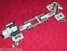 Lot de pièces / Partie du set LEGO STAR WARS  7675  AT-TE Walker