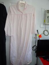 CARRIAGE COURT Ladies Night Gown Nighty Robe Lounge HouseDress Medium Pink White