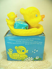 Vintage AVON 1974 Childs QUACK AND DOODLE Mother Duck & Baby FLOATING SOAP DISH