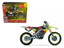 SUZUKI RM-Z 450 #7 JAMES STEWART 1/12 MOTORCYCLE MODEL BY NEW RAY 57677
