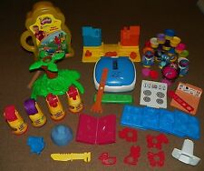 Huge PLAY DOH Lot PLAYSETS Bob The Builder GEORGE FOREMAN GRILL Jungle Pets LILO