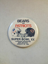 NFL NEW ENGLAND PATRIOTS / BEARS SUPER BOWL XX 3 1/2 INCH BUTTON/PIN NICE!