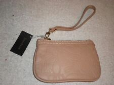 NWT bebe WRIST BAG  OMG YOU GOTTA SEE THIS WRIST BAG SO CUTE!