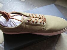 NEW TOMMY HILFIGER GREEN/TAN CANVAS SHOES MENS 10 STYLE: GABE SNEAKER STYLE
