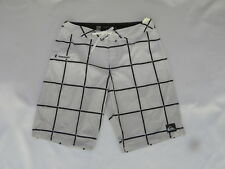 Quiksilver Electric Stretch White Boardshorts Sz 32 X 21 EQYBS03259