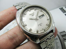 HUGE VINTAGE SEIKO 5 AUTOMATIC 6119 SILVER DIAL GENTS.