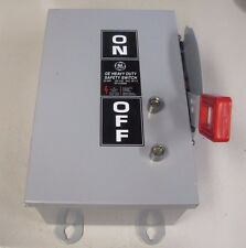 GE TH3321J MODEL 10 30A 30 A AMP 240 AC/ 250 DC FUSIBLE SAFETY DISCONNECT SWITCH