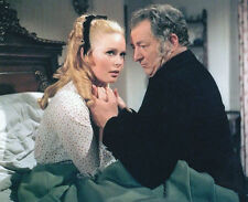 VERONICA CARLSON UNSIGNED PHOTO - 4071 - FRANKENSTEIN & DRACULA