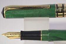 Wing Sung Lucky 2007 Medium Fountain Pen, Green Marble with Gold Trim
