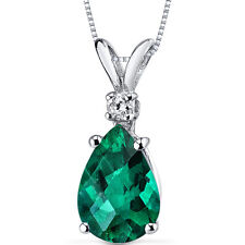 14 kt White Gold Pear Shape 1.75 ct Emerald Pendant