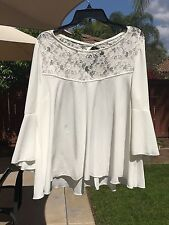 Cha Cha Vente Woman's Extra Large Ivory Swing Top With Bell Sleeves NWOT