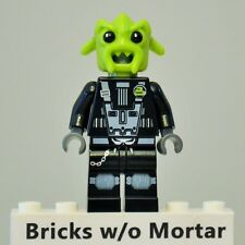 New Genuine LEGO Rench Alien Minifig Space Police 3 5981
