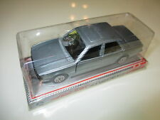 Peugeot 505 in silber silver metallic, Norev Jet Car #889 in 1:43 en boite boxed