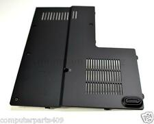 NEW GENUINE  Dell XPS M1530 Memory Cover Door XR850 0XR850
