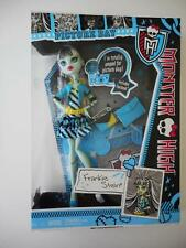 Monster High Doll Frankie Stein Picture Day FACTORY SEALED MINT Mattel 2012