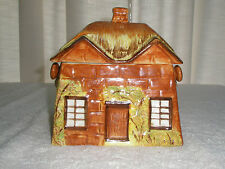 Vitnage Price Ye Olde Cottage Biscuit/Cookie Jar Made in England #846007