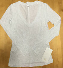 NWT Lululemon Let Be Long Sleeve V Neck Heathered White Size 6 w/Lulu Bag $68