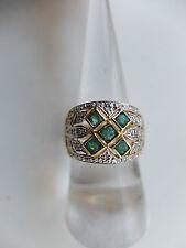 Damenring besetzt mit zahlreichen Diamanten + 5 Smaragdcarrés - 750er Gold