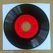 "O.C. SMITH ""LITTLE GREEN APPLES/LONG BLACK LIMOUSINE"" 4-44616 7"" 45 SINGLE"