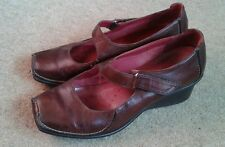 Ladies Leather Active Air Clarks Wedge Heel Shoes Size 5.5 Brown Women's