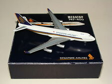 1:500 Herpa Wings Singapore Airlines B747-400 Megatop free shipping