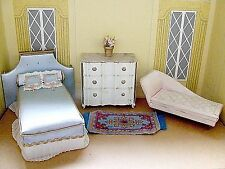 VINTAGE MINIATURE PETITE PRINCESS DOLLHOUSE BLUE BED BOUDOIR CHAISE DRESSER RUG!