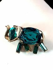 RARE 1949 CROWN TRIFARI TRIFANIUM AQUA EMERALD GREEN RHINESTONE ELEPHANT PIN