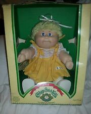 Cabbage Patch Kid. Short Yellow hair and Blue eyes. 1984. CUTE! L@@K! IC1 Taiwan
