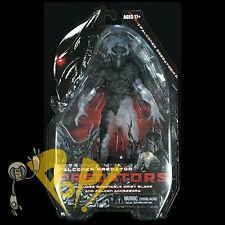 PREDATORS Series 7 Half-Cloaked CAMO FALCONER PREDATOR Action Figure NECA!