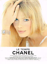 PUBLICITE ADVERTISING 064  1995  CHANEL  CLAUDIA SCHIFFER  collection LE TEMPS