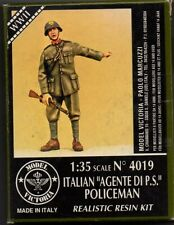 "MODEL VICTORIA 4019 - ITALIAN ""AGENTE DI P.S."" POLICEMAN - 1/35 RESIN KIT"