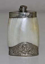JOY566 PERFUME BOTTLE PENDANT. SILVER AND MOTHER-OF-PEARL. SPAIN. 19th CENTURY
