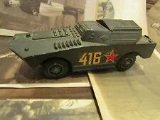 ancien char tank militaire camion lance roquette solido btr 40 11,5 cm