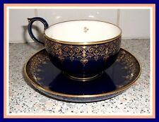 MANUFACTURE de SEVRES tasse à thé '' Dimère '' 1867-1877