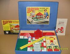 ORIGINAL, VINTAGE 1959 BAYKO BUILDING SET 2 BOXED. EXCELLENT CONDITION.