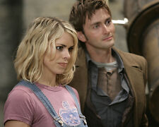 David Tennant & Billie Piper (24465) 8x10 Photo
