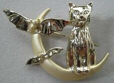 Halloween Cat & Bats On Quarter Moon Signed Vintage Brooch Pin, Gold Plate, NEW